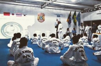 GPRED realiza exame de troca de faixa em Projeto Social de Taekwondo